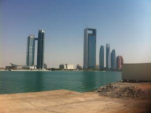 abudhabi_waterandbuildings